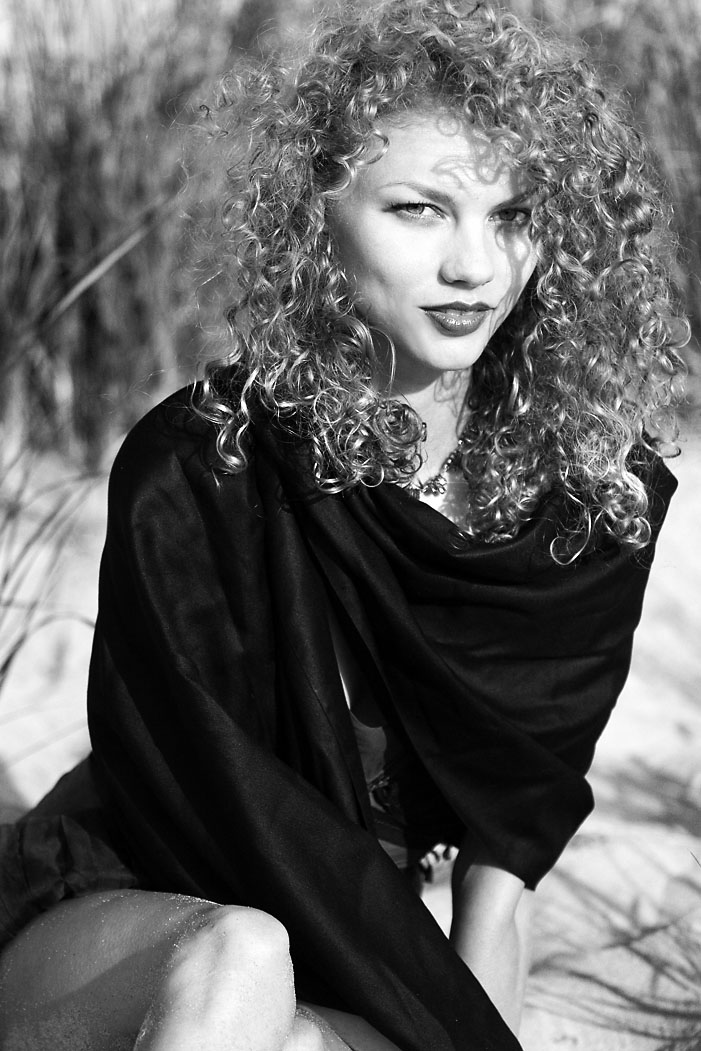 Female model photo shoot of findorion photo and Shanna Nolan Gundry, hair styled by Ashley Sexton, wardrobe styled by carrie style