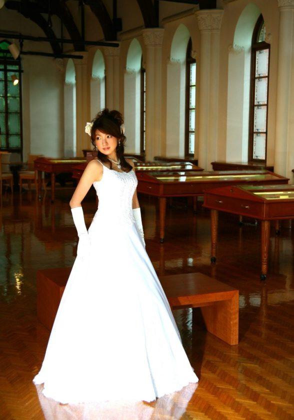 Kobe Japan Jun 29, 2008 Im YOUR bride!!