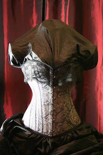 seattle Jul 02, 2008 ellenoir Grey paisley corset