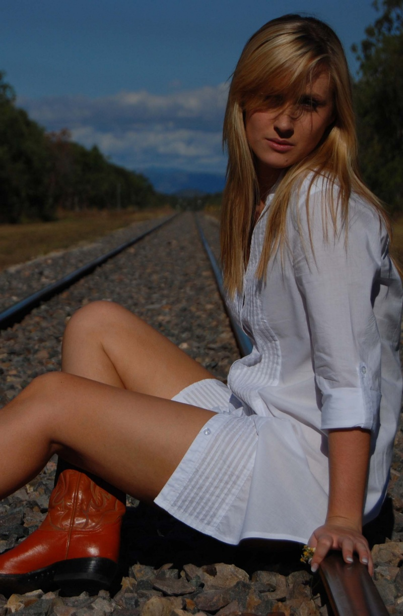 Female model photo shoot of Emily Teresa by Rick Heaton Photography in BLUEWATER, QLD
