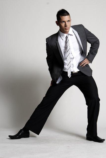 Male model photo shoot of gary smith jr