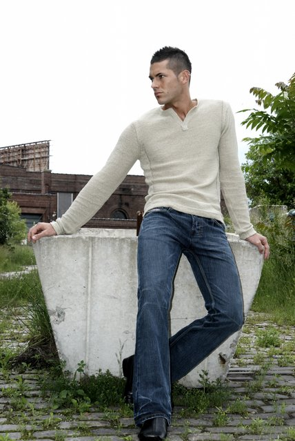 Male model photo shoot of gary smith jr