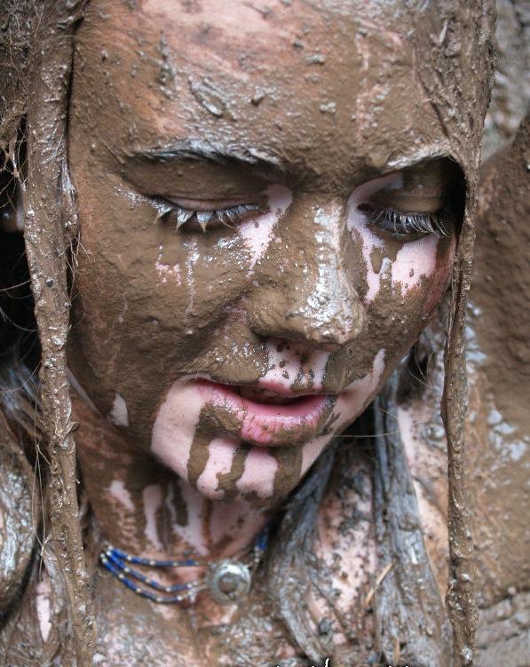 Camas, Washington Jul 10, 2008 Wholly Productions Mud!