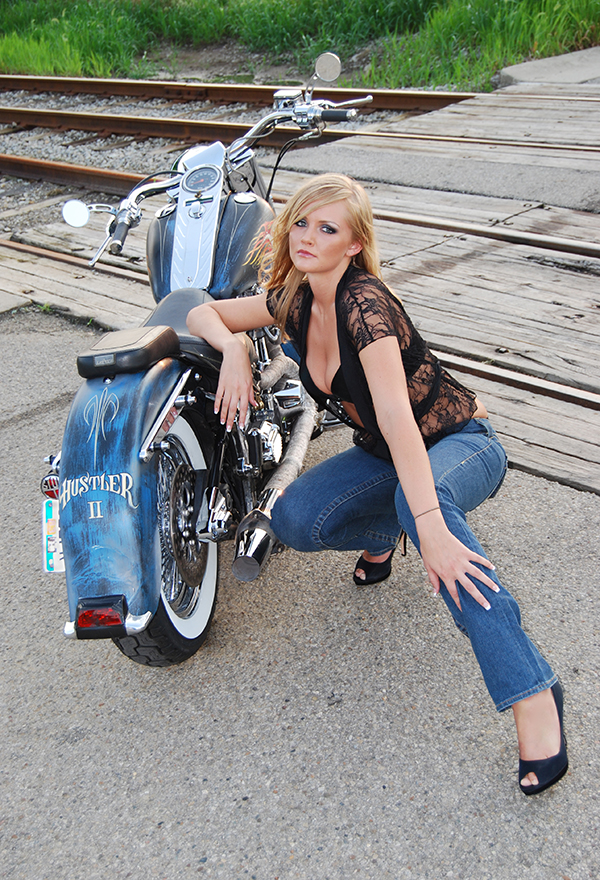 tracks Jul 27, 2008 Archie... BAR Customs 2008 Candice