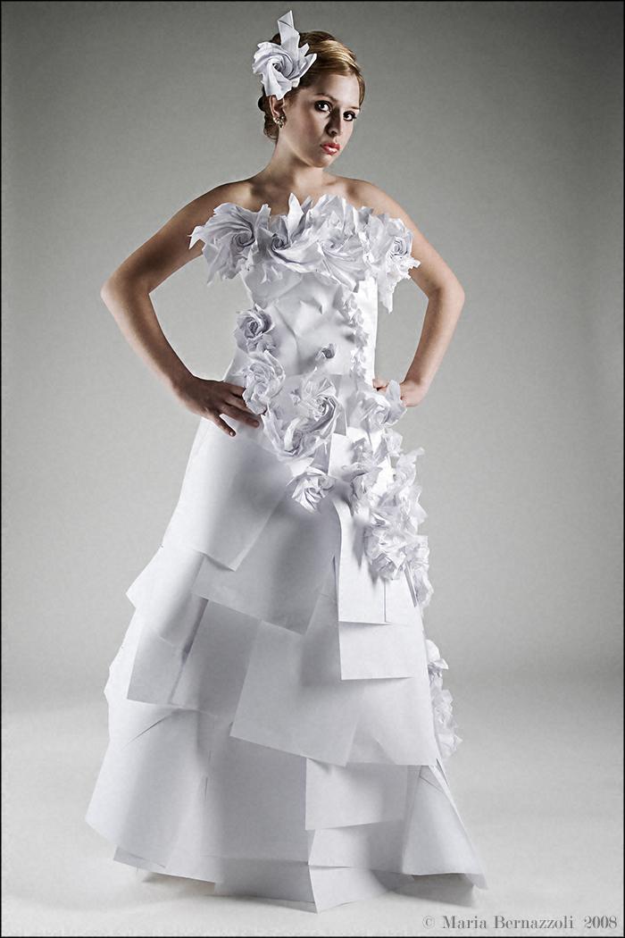 AIP Studios Jul 31, 2008 Maria Bernazzoli © 2008 Paper Dress Shoot