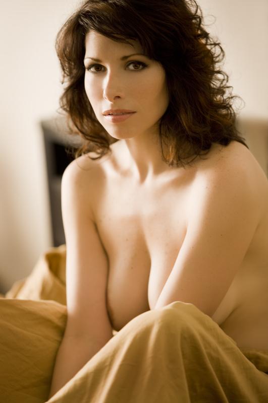 Women breasts lift