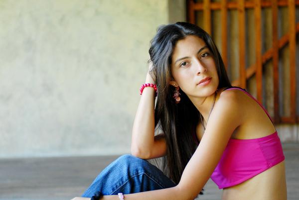 Female model photo shoot of Ivonne Valencia