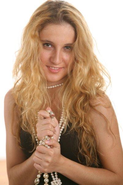 Female model photo shoot of nyana in Manhattan