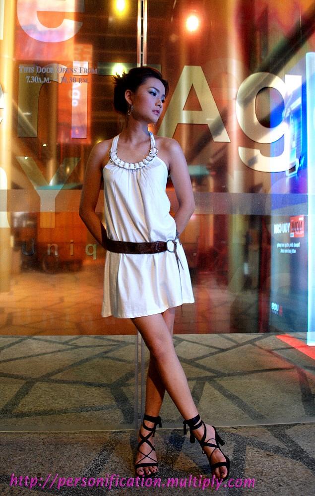 Singapore Aug 06, 2008 Jay.C Ponder?