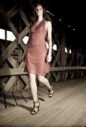 http://photos.modelmayhem.com/photos/080810/21/489f933edec35_m.jpg
