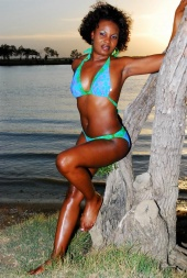 Male and Female model photo shoot of Urban Modelz Inq and Kena1 in Joe Pool Lake