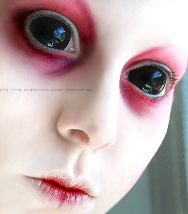 Aug 11, 2008 Countess-grotesque Alien :)  Model, make-up and photo- me
