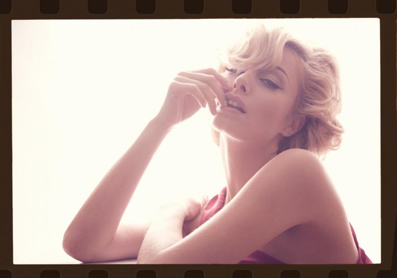 Barcelona Aug 13, 2008 Fozzy Julia as Marilyn