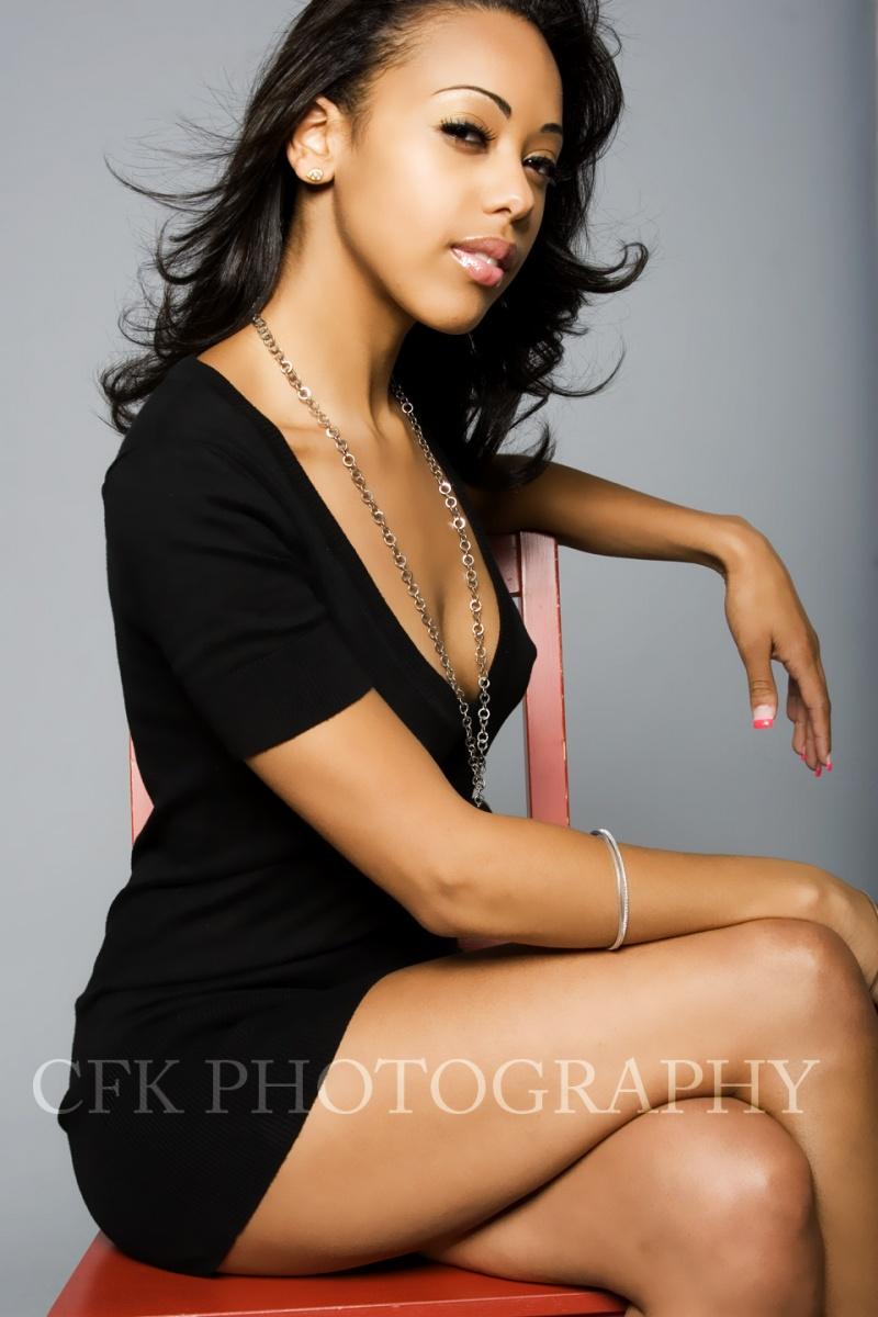 Female model photo shoot of XxTiaraxX by CFK Photography in Harlem, makeup by Tanisha-Faye