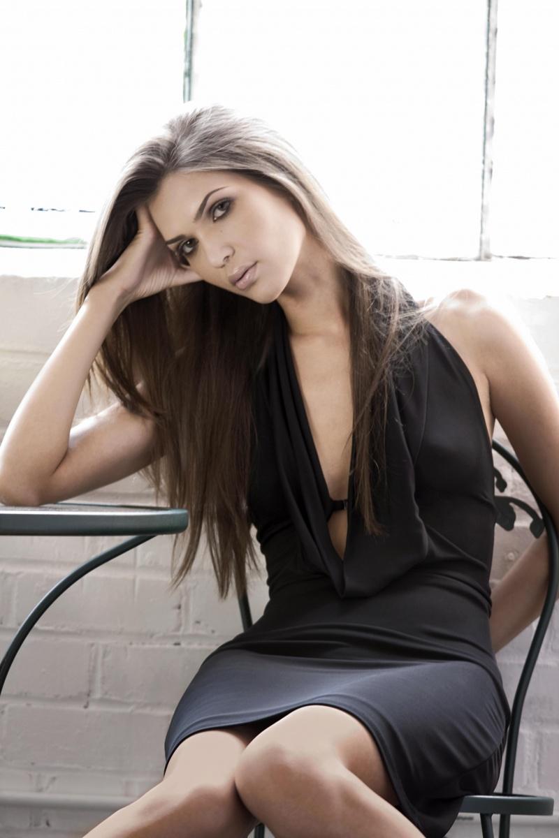 Female model photo shoot of Camilla Sauvell