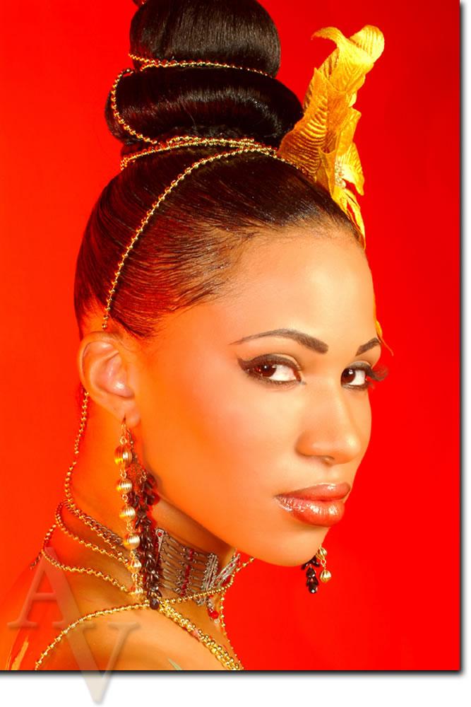 Female model photo shoot of Shae Monae the MUA in Da Loft