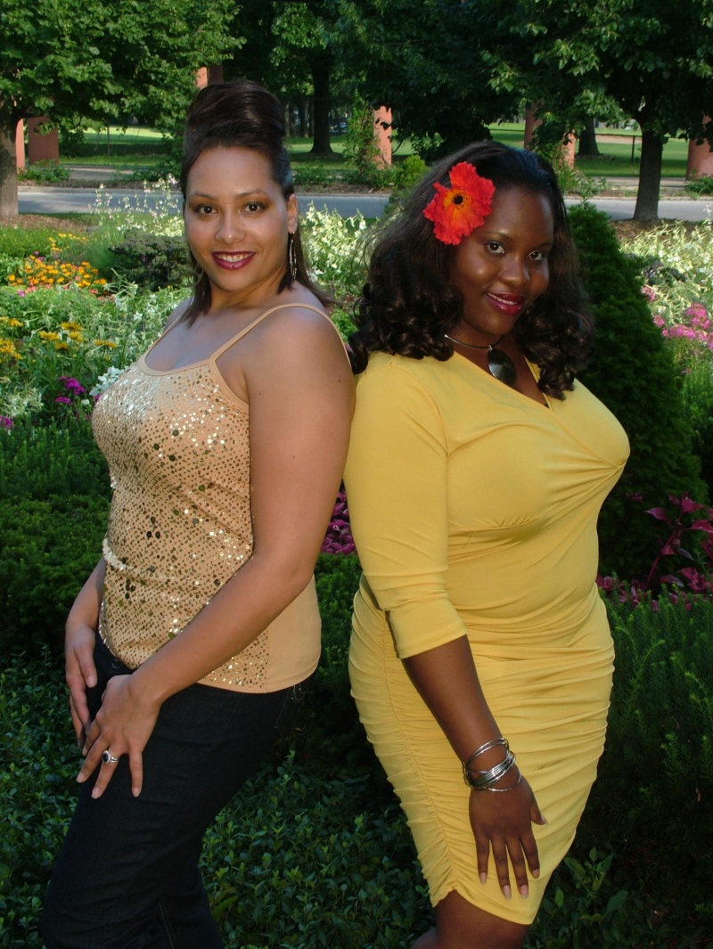 Aug 17, 2008 Nikeya Green and Robin Page for Fashion for Premonition Fashion-Clothes for Curves Event 2008