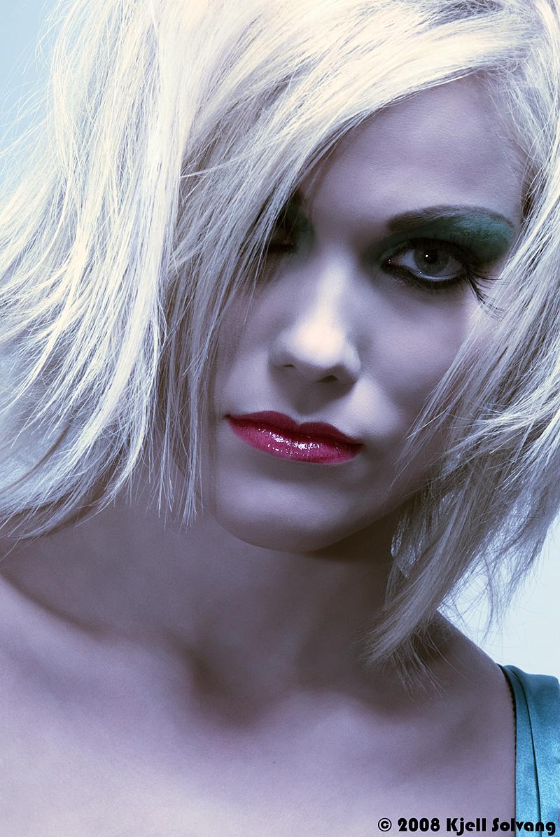 Male model photo shoot of Kjell Solvang