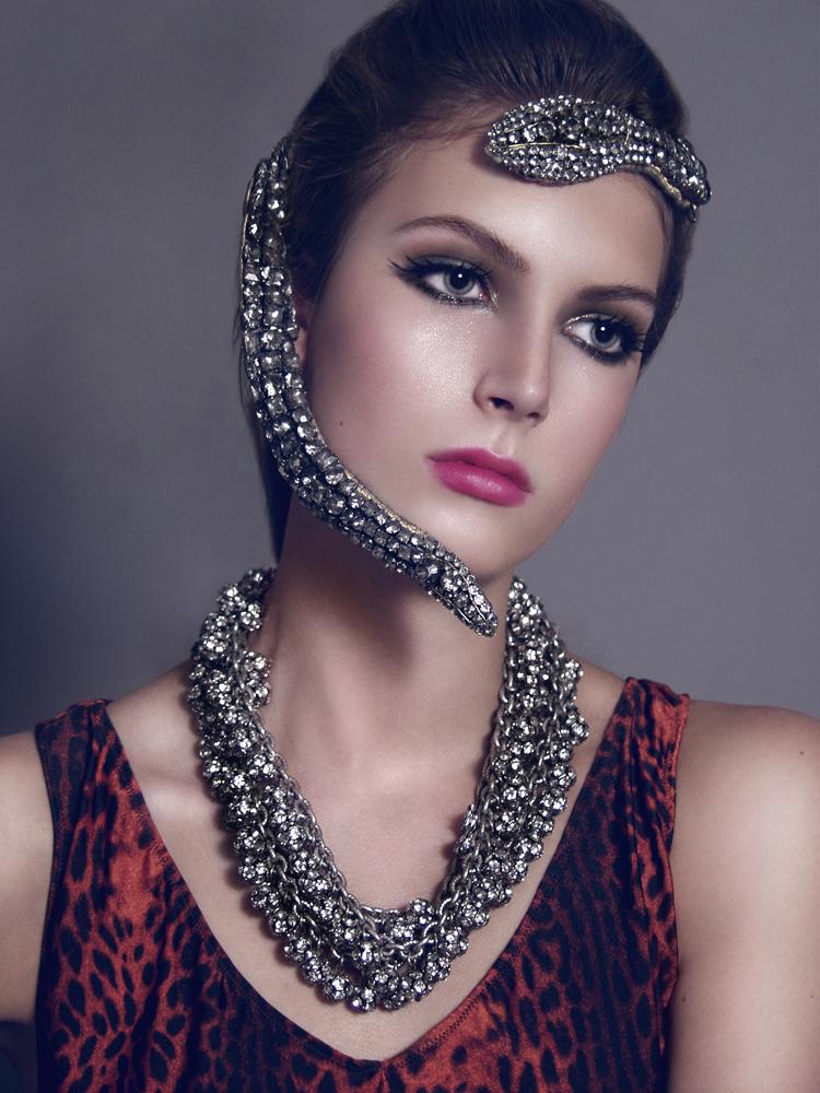 Aug 19, 2008 stylist: Jordana Longo - editor : Bianca Carosio - Model : Mariel/Ford