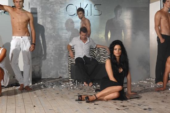 preveza. Greece Aug 21, 2008 Akis Coiffure Show