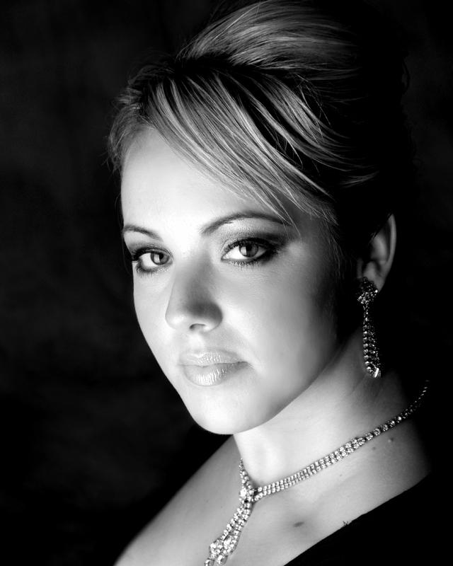 Aug 30, 2008 Emma Gibbons, MUA - Emi Davis