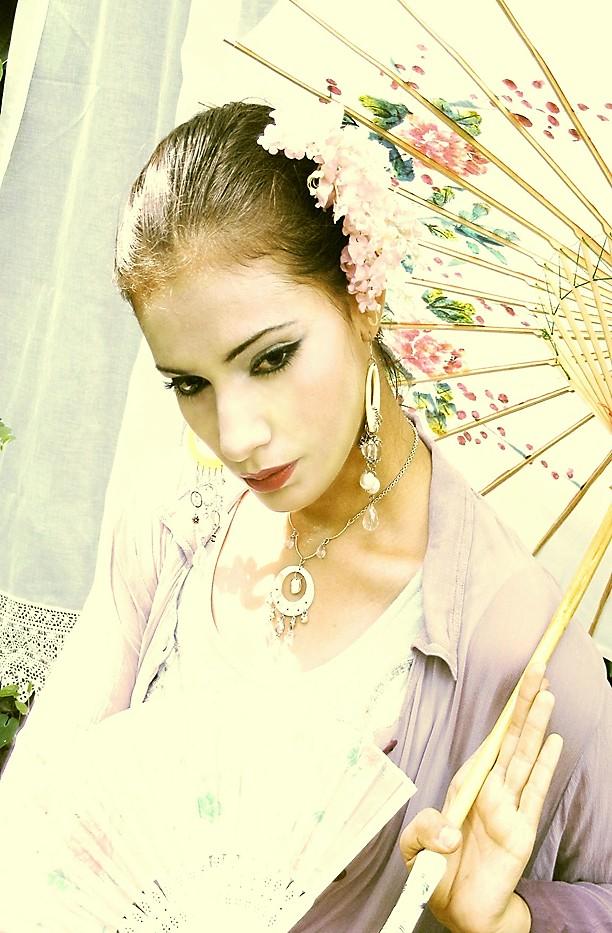 Jacksonville, FL Aug 31, 2008 Paralyzer Photography Geisha photo shoot - MM exclusive