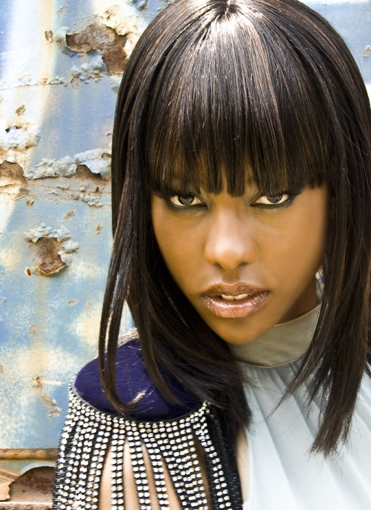Female model photo shoot of Shaunta E with Artistry in Atlanta, ga