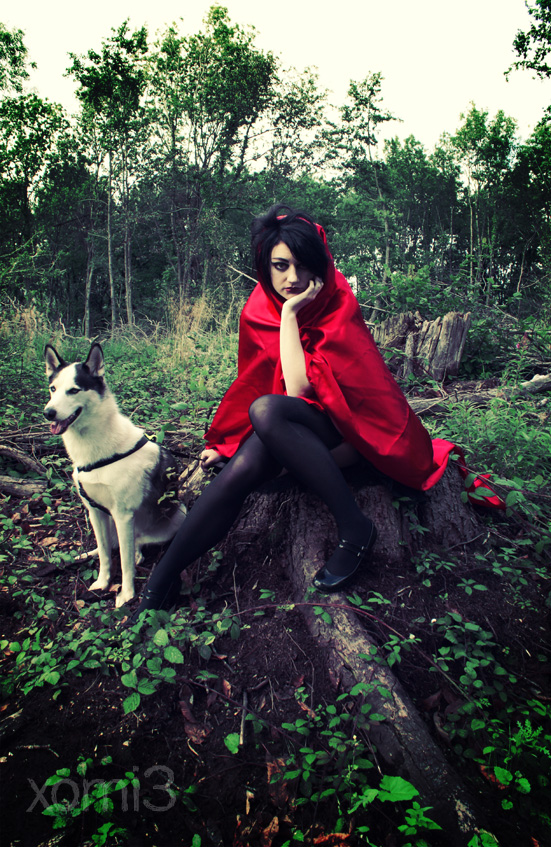 Sep 03, 2008 Xomi3 Photography Red Riding Hood