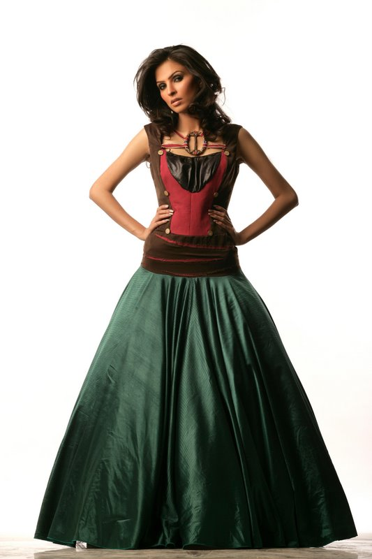 Sep 04, 2008 © 2008 anand vaswani-ALL RIGHTS RESERVED ballgown  (amna)