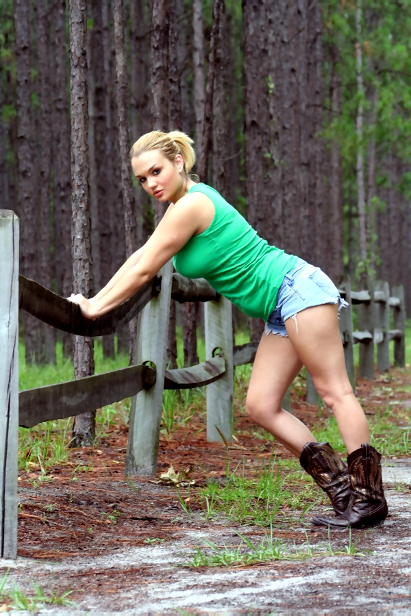 Van Zant Park, Green Cove Springs, FL Sep 04, 2008 Heather Adams,PhotoDaveJax cowgirl yeeehawww! LOL