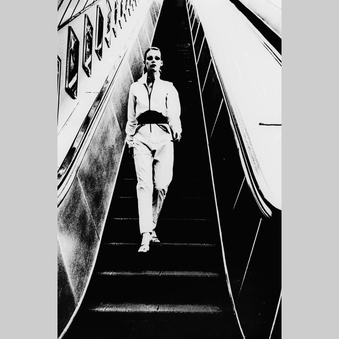 London Underground Sep 07, 2008 Peter Bur B&W Fashion