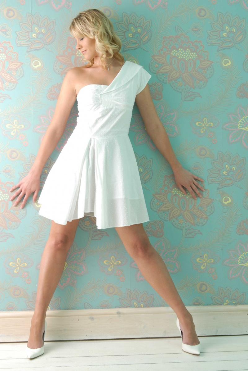 Sep 07, 2008 Cosmo shoot