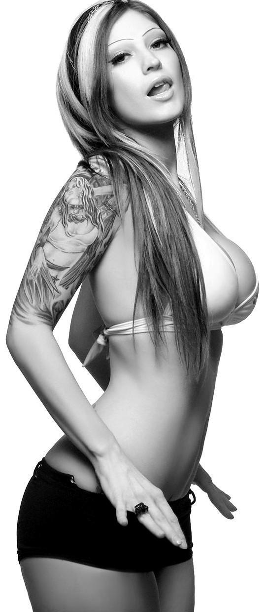 Female model photo shoot of Esther Hanuka by KemWestPhotography