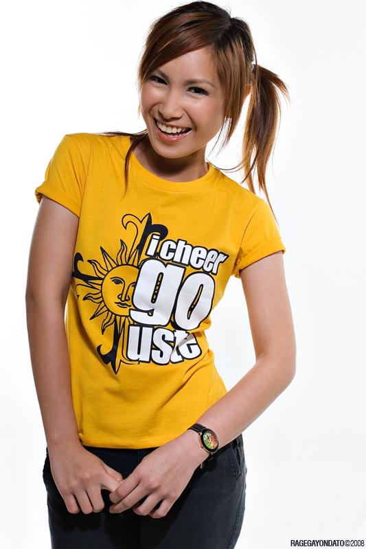 Female model photo shoot of Lizette in Art Studio