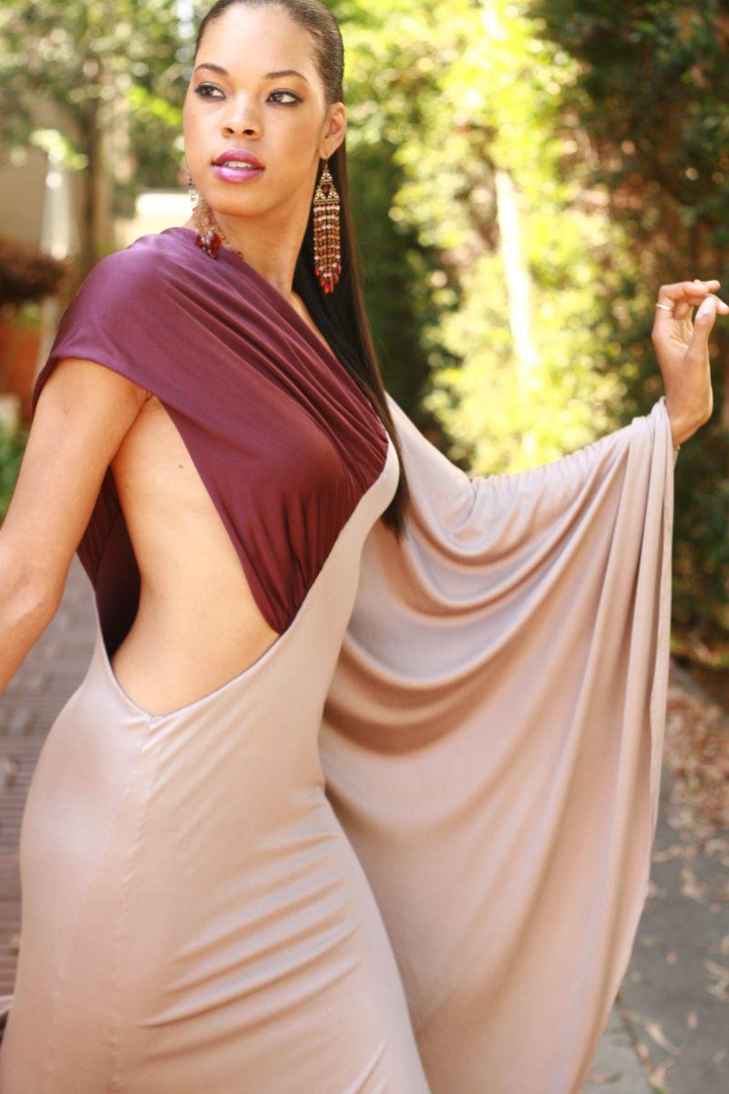 Female model photo shoot of Elizabeth Carson Racker