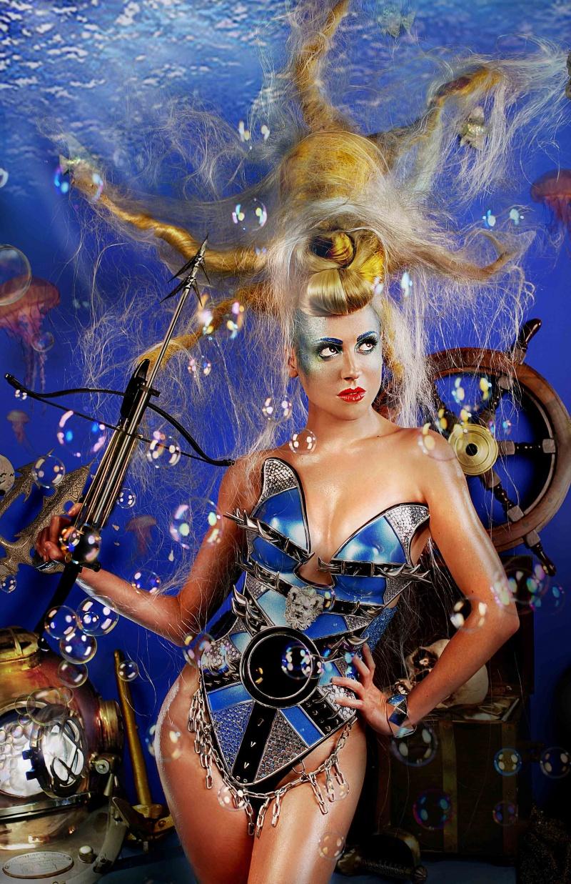 Sep 23, 2008 Edited by Fantomas Retouch for www.girlarmour.com