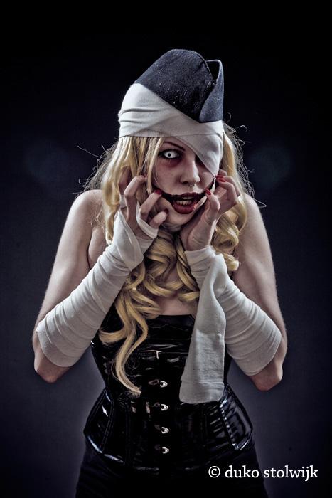 Rdam Sep 28, 2008 duko stolwijk Zombie girl #01
