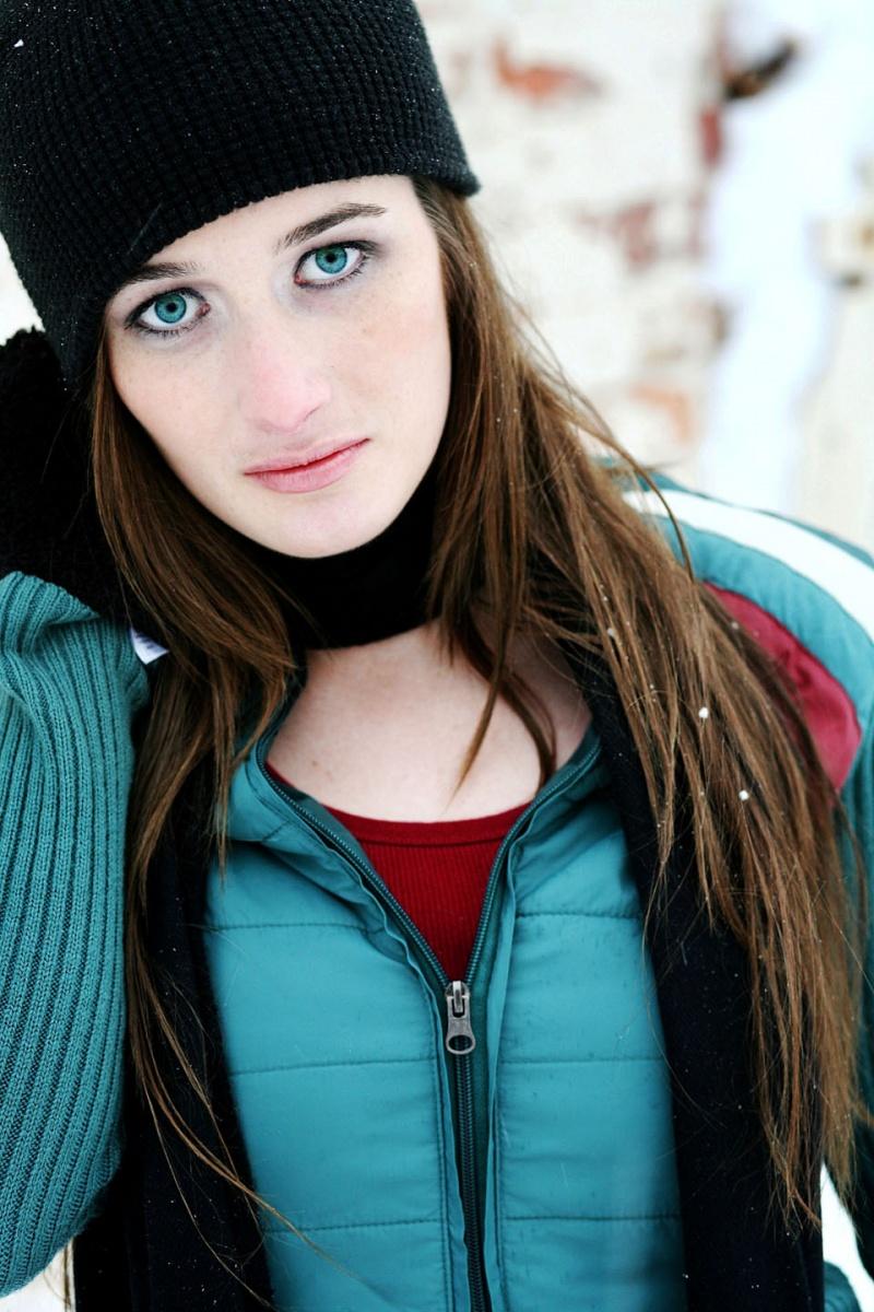 Female model photo shoot of Dri Rakel