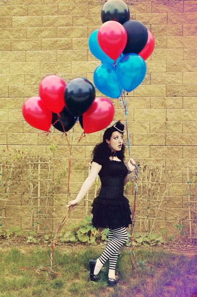 Sep 28, 2008 catrina8904.etsy.com lolita/popculture accessories.