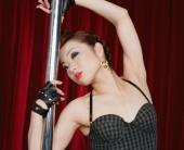 http://photos.modelmayhem.com/photos/080929/04/48e08d5077b1c_m.jpg