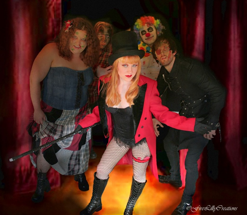 Oct 03, 2008 The Ringmaster and her freaks.