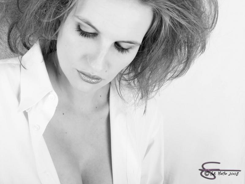 Female model photo shoot of Ashley Darling in Scott's Studio, Roseburg OR