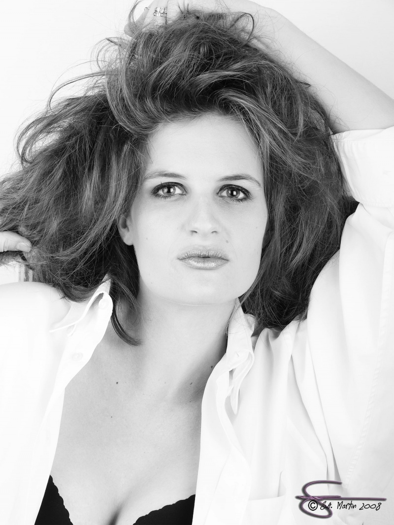 Female model photo shoot of Ashley Darling in Roseburg