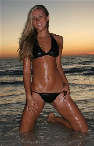 honeymoon island Oct 22, 2008  halter top bikini in black