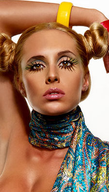 LOS ANGELES Oct 24, 2008 RANSOM THE CHEESE  TWIGGY WITH A TWIST.MAKEUP AND HAIR