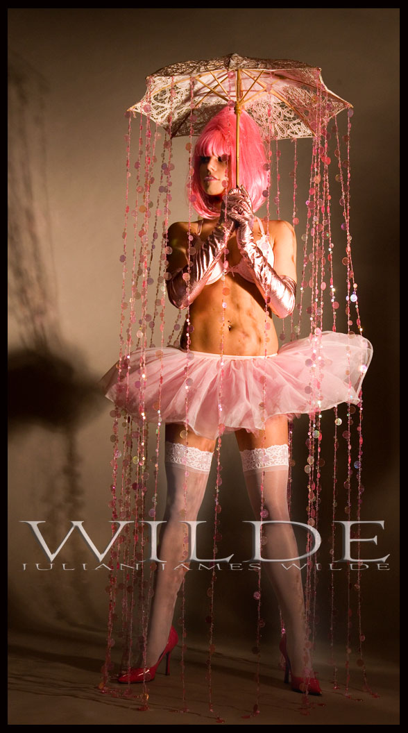 Wilde Studio Oct 25, 2008 julian james wilde @2008 Bailees Walk in the Rain