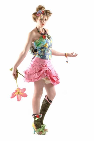 Female model photo shoot of Rachel Silk