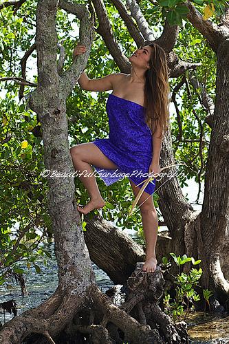 Female model photo shoot of Beautiful Garbage Photo by Beautiful Garbage Photo