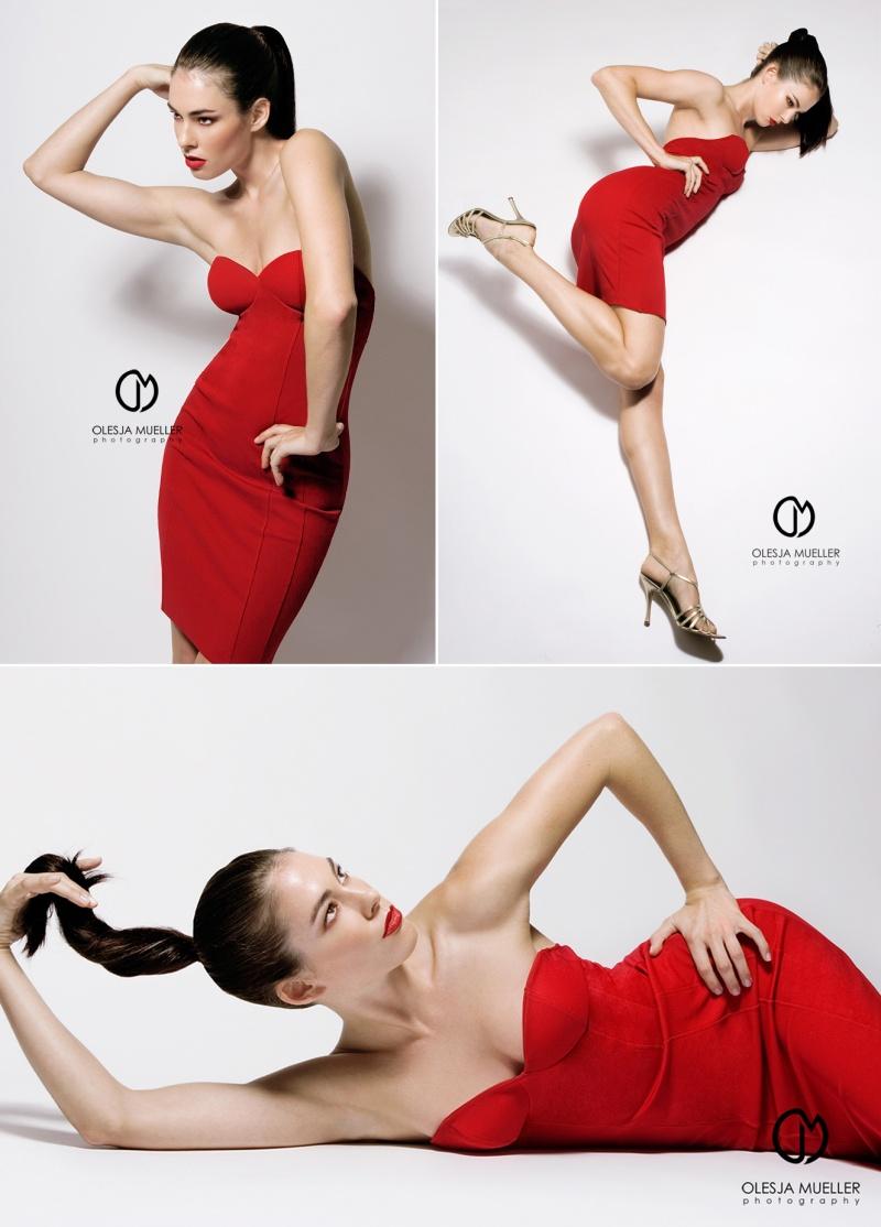 my studio Nov 06, 2008 Olesja Mueller Photography 2008 Color Etudes - RED; styling - Olesja Mueller
