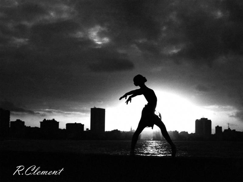 Malecon (La Habana) Nov 09, 2008 R.Clement El Ballet Nacional de Cuba